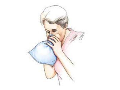 Respiratorna alkaloza je patološki proces u kome je primarno povećana alveolarna ventilacija u odnosu na metaboličku produkciju CO2 (ugljen-dioksida). Ovo stanje se karakteriše povećanjem pH, niskim pCO2 i različitim stepenom smanjenja serumskog bikarbonata.
