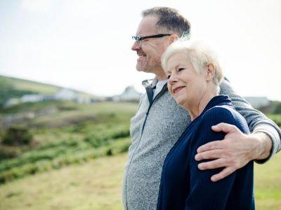 Alchajmerova bolest je najčešći uzrok demencije i prema većini istraživača čini više od polovine ovih oboljenja. Uzrok se uglavnom ne zna, ali postoje lekovi i mere koji mogu da ublaže tegobe bolesnika.
